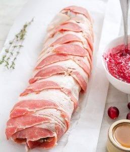 Свиная вырезка в клюквенном соусе - 1