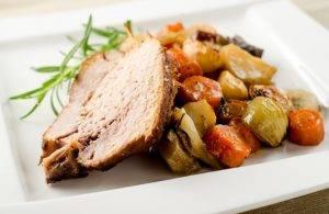 Свиная шейка с овощами в духовке - 1