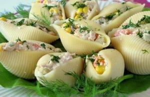 Фаршированные макароны тунцом и овощами - 1