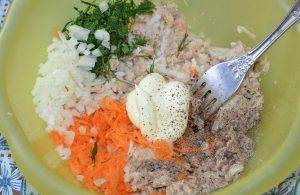 Помидоры со скумбрией и овощами - 1