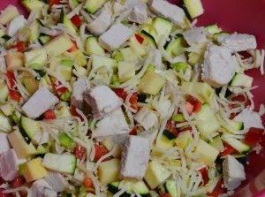 Закуска из курицы с сыром и овощами - 1