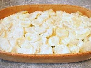 Картофель с грибами и фаршем - 2