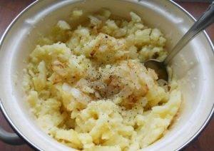 Творожные вареники с начинкой из картофеля и сыра на пару - 4