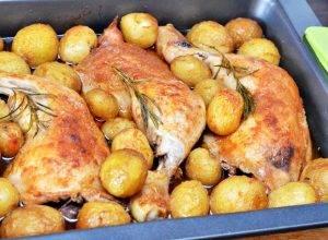 Куриные окорочка с картошкой в духовке - 2
