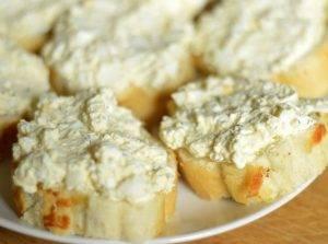 Бутерброды с семгой, яйцом и творогом - 2