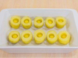 Картофель, запеченный с перепелиными яйцами - 4