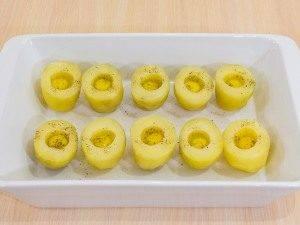 Картофель, запеченный с перепелиными яйцами - 5