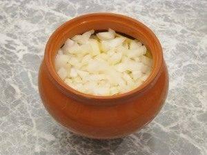 Горшочки с капустой, картофелем и куриным филе - 9