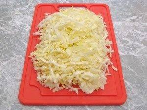 Горшочки с капустой, картофелем и куриным филе - 3