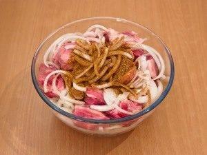 Шашлык из свинины, маринованный в розовом соусе - 2