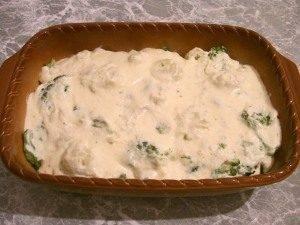 Цветная капуста и брокколи, запеченные под сливочным соусом - 6