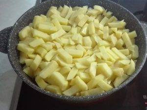 Картофель с мясом на сковороде по-французски - 4