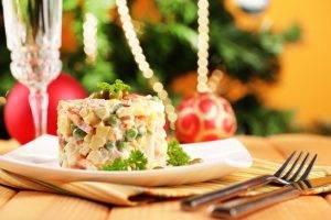 Безопасное застолье: как сохранить свежесть новогодних угощений - 3