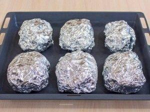 Свинина с грибами и картофелем, запеченная в фольге - 9