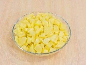 Картофель, тушенный с копченым мясом - 2