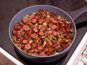 Гречка с сосисками и грибами - 2