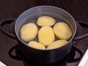 Картофель, запеченный с помидорами и сыром - 0