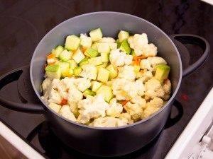 Суп-пюре с кабачками и цветной капустой - 0
