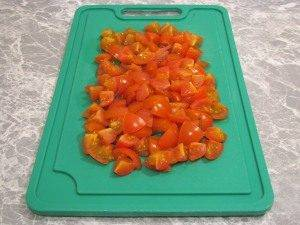 Макароны c помидорами, моцареллой и базиликом - 1