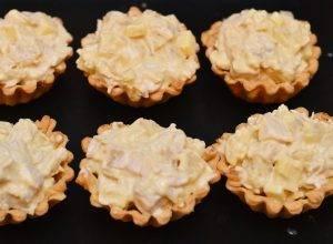 Домашние тарталетки с курицей и ананасом - 5