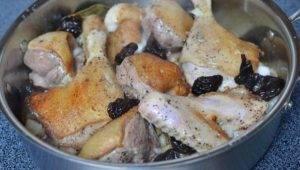 Запеченная утка с черносливом - 5