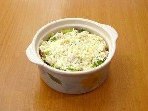 Куриное филе и брокколи, запеченные под сливочным соусом - 4