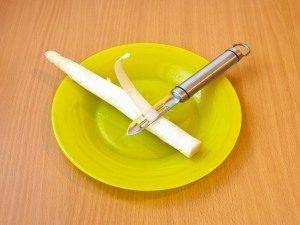 Спаржа, запеченная с беконом и сыром - 0