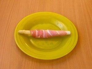 Спаржа, запеченная с беконом и сыром - 3