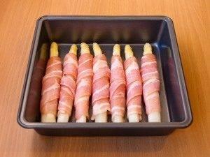 Спаржа, запеченная с беконом и сыром - 4