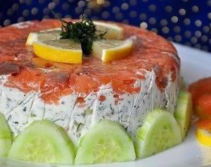 Закусочный торт с семгой и сметаной - 6