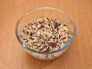 Перепела с рисом, белыми грибами и грибным соусом - 2