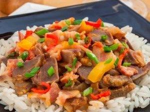 Куриные желудки, жаренные с беконом и овощами - 9