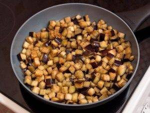 Запеканка с баклажанами и фаршем с соусом «Бешамель» - 2