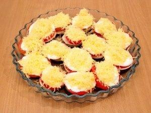 Баклажаны, запеченные с помидорами и грибами - 7