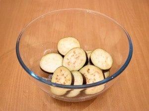 Баклажаны, запеченные с помидорами и грибами - 0