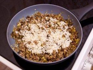 Цукини, фаршированные мясом, грибами и рисом - 5