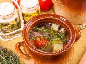 Суп с бараниной и овощами в горшочке - 2