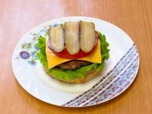 Гамбургер с жареной котлетой из говядины - 6