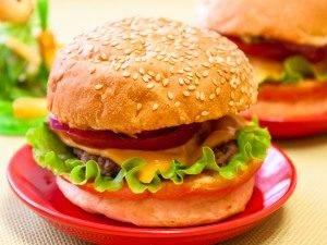 Гамбургер с жареной котлетой из говядины - 7