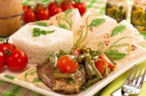 Баранина, тушенная со стручковой фасолью и помидорами - 4