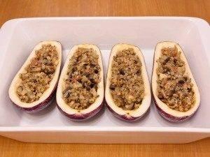 Баклажаны, фаршированные гречкой, грибами и беконом - 7