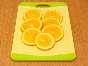 Утиные окорочка, тушенные с яблоками, брусникой и апельсинами - 6