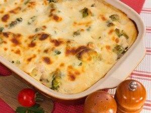 Запеканка с индейкой, брокколи и картофелем под соусом «Бешамель» - 2