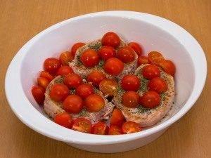 Свинина с помидорами, запеченная в сливках - 5
