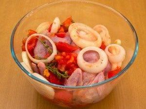 Перепела, маринованные в помидорах и луке - 2