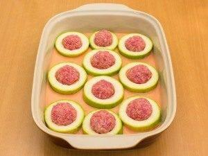 Кабачки с фаршем в сметанно-томатном соусе - 4