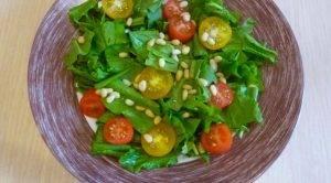 Салат из щавеля с помидорами - 0