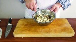 Салат из печени трески с рисом, заправленный домашним майонезом - 1