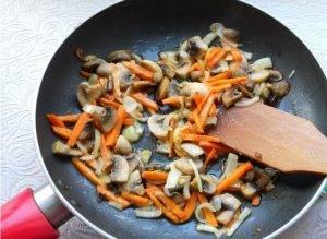 Суп с грибами и фрикадельками по белорусским мотивам - 1