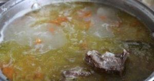 Суп на говяжьей грудинке с щавелем и манкой - 1